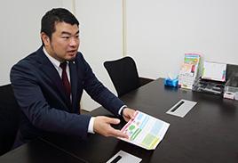 脇インタビュー写真